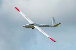 Members flying at Thurnham 3